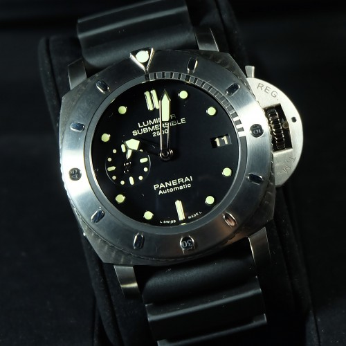 Luminor Submersible Titano 1950 3 Days Special Editions PAM 364